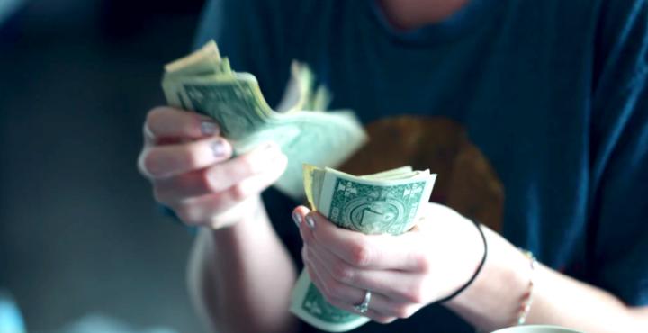 お金を数える
